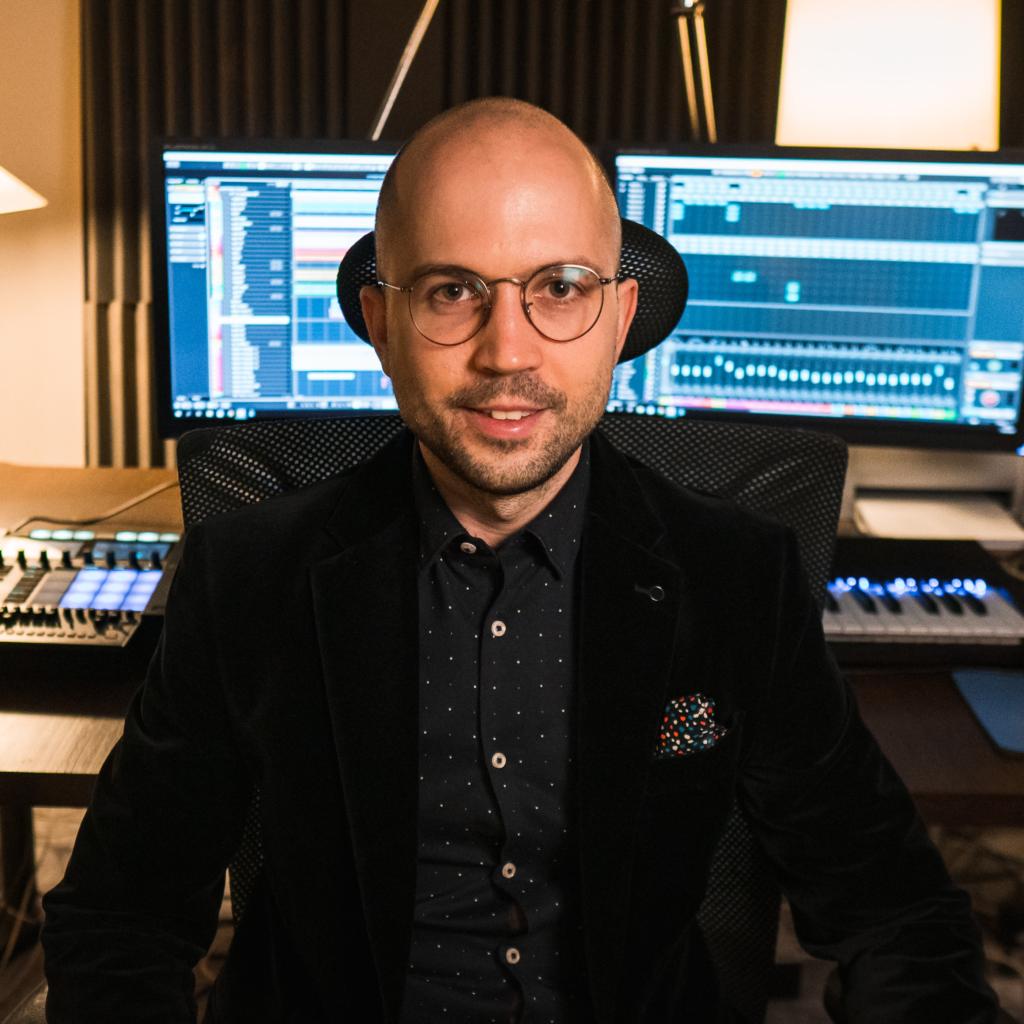 Tomas Jochmann Baracca Records Studio Square